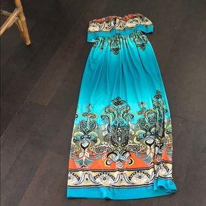 Dresses & Skirts - Double tier ruffled bandeau maxi dress